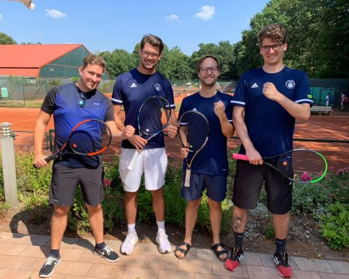 TUS-Herren-30-Pokal-Mannschaftsfoto
